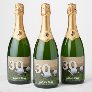 30th Birthday with golf ball and tee on green Champagne Label