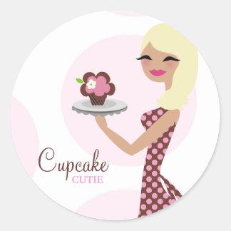 311-Cupcake Cutie 31Sticker ondulado rubio ligero