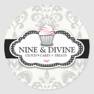 311 Divine Gray Damask Cupcake Sticker