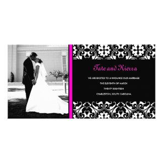 311-HOT PINK DAMASK WEDDING PHOTO CARD