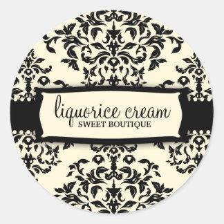 311-Icing on the Cake - Liquorice Cream Round Stickers