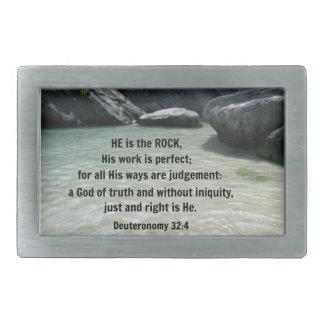 32 4 de Deuteronomy él es la roca Hebilla De Cinturón Rectangular