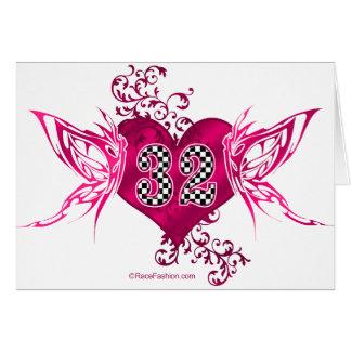 32 mariposas del número que compiten con tarjeta de felicitación