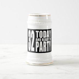 32do Fiestas de cumpleaños: 32 hoy y aliste para Jarra De Cerveza
