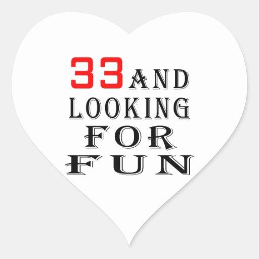 33 y buscar diseños del cumpleaños de la diversión pegatina en forma de corazón