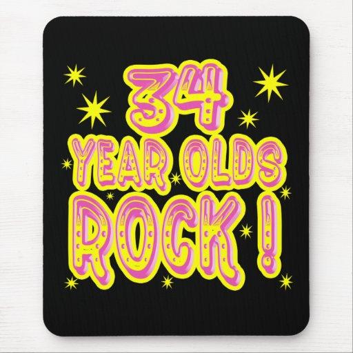 ¡34 años de la roca! Mousepad (rosado)