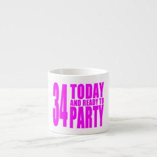 34tos cumpleaños de los chicas: 34 hoy y aliste pa tazita espresso