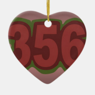 356 ADORNO NAVIDEÑO DE CERÁMICA EN FORMA DE CORAZÓN