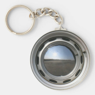 356 Classic car wheel (rim) with chrome hubcap Basic Round Button Keychain