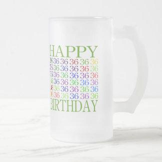 36.o cumpleaños feliz taza de cristal