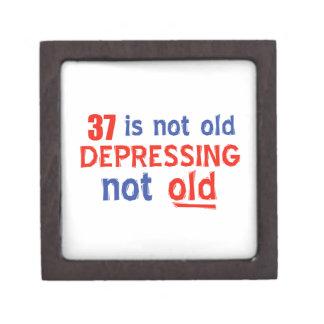 37 está presionando no viejos diseños del caja de joyas de calidad
