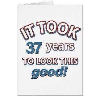 37.os diseños del cumpleaños del año tarjeta de felicitación