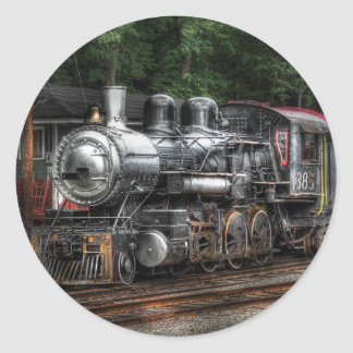 385 - En la estación) Pegatina Redonda