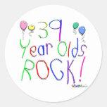 ¡39 años de la roca! pegatina redonda