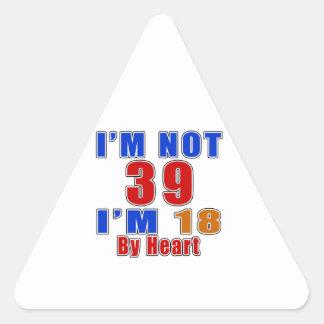 39 diseños del cumpleaños de la leyenda del pegatina triangular