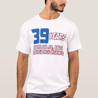 39 YEARS OLD BIRTHDAY DESIGNS T-Shirt
