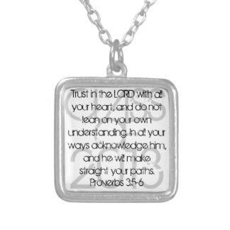 3:5 de los proverbios del verso de la biblia de la colgante cuadrado