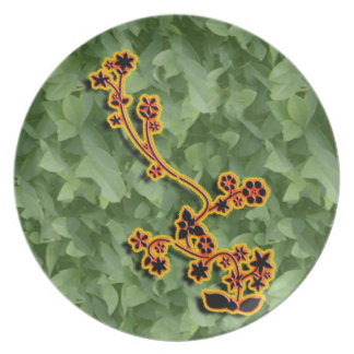 3-D Leafy Floral plate