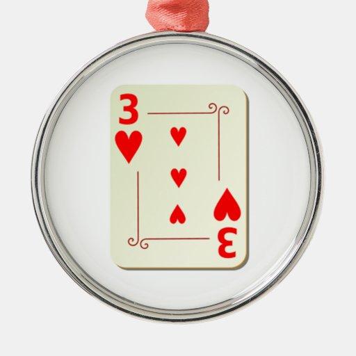 3 del naipe de los corazones adorno redondo plateado