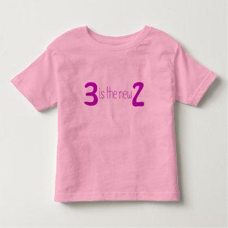 3 es los nuevos 2 poleras