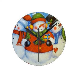 3 Happy Snowmen Round Clock