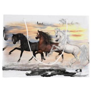 3 Horses Gift Bag - Lrg, Glossy, Pick Size