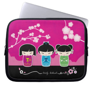 3 Kokeshi laptop sleeve