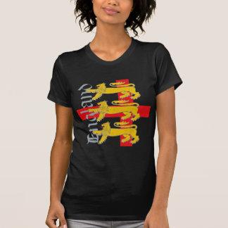 3 leones en la cruz de San Jorge Camiseta