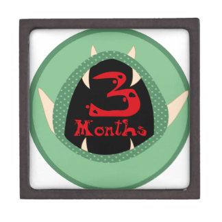 3 meses de jalón del monstruo cajas de recuerdo de calidad
