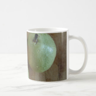 3 peras verdes tazas de café