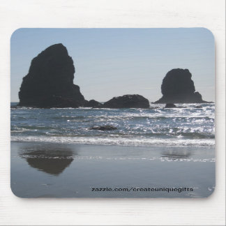 3 Rocks In The Ocean Mousepad