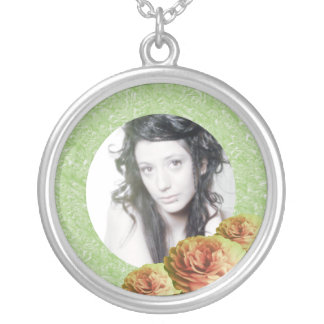3 Roses/Photo Round Pendant Necklace