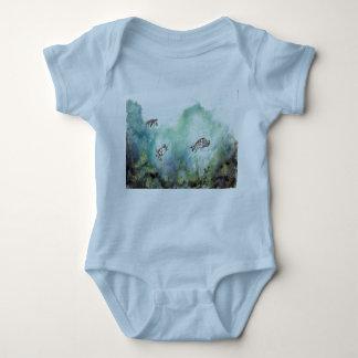 3_sea_turtles_painting tee shirt