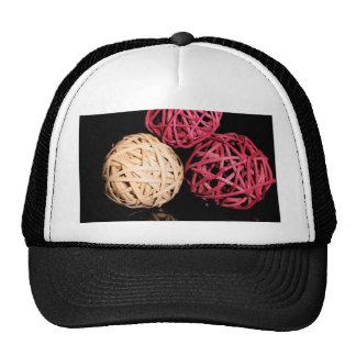3 Spheres.jpg Gorro