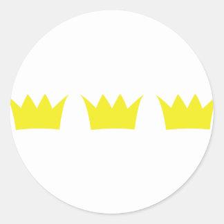 3 three king crowns classic round sticker