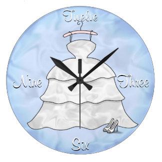 '3 Tier Taffeta' Clock