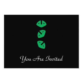 3 Vertical Alien Heads 5x7 Paper Invitation Card