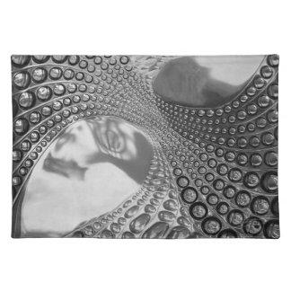 3D-effect grey placemat/Juego de manteles individu