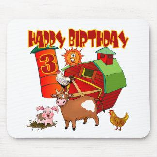 3ro Cumpleaños de la granja del cumpleaños Tapetes De Ratón