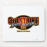 3ro logotipo de la huelga de Street Fighter III Alfombrillas De Ratones