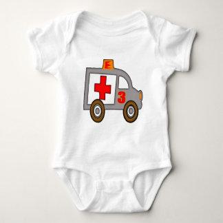3ro regalos de cumpleaños de la ambulancia t-shirts