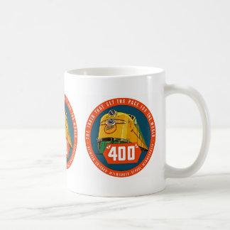 """~ 400 """"el tren que fija el paso """" taza básica blanca"""