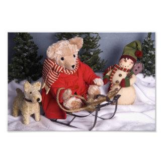 4019 navidad Sledding del oso y de los amigos de p Arte Fotografico