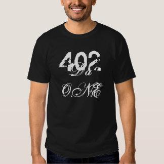 402, DA O.N.E - modificada para requisitos Remeras
