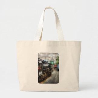 4039 - En la yarda del tren Bolsa De Mano