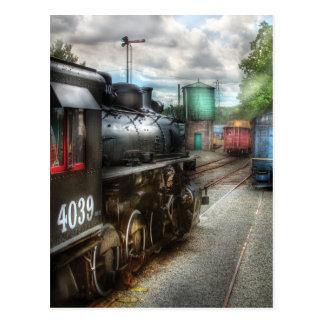 4039 - En la yarda del tren Postales