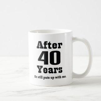 40.o Aniversario (divertido) Tazas
