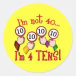 40.o Camiseta del humor del cumpleaños Pegatina Redonda