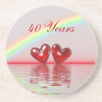 40 o Corazones del rubí del aniversario Posavasos Diseño