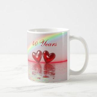 40.o Corazones del rubí del aniversario Tazas De Café